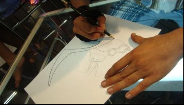 Học thiết kế giày dép thủ công