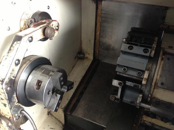 Tuyển nhân viên uốn ống CNC và tiện CNC