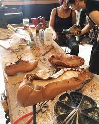 Quy trình thiết kế giày thủ công