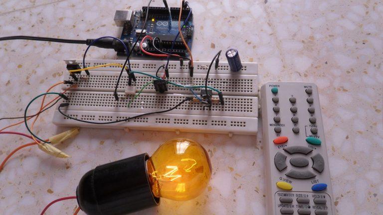 Điều chỉnh độ sáng bóng đèn từ xa với Arduino