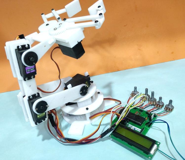 Điều khiển cánh tay robot bằng vi điều khiển PIC