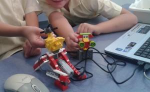 LEGO WeDo và Scratch LEGO